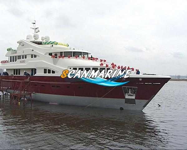 В Украине спустили на воду мега-яхту «ARTPOLARS»